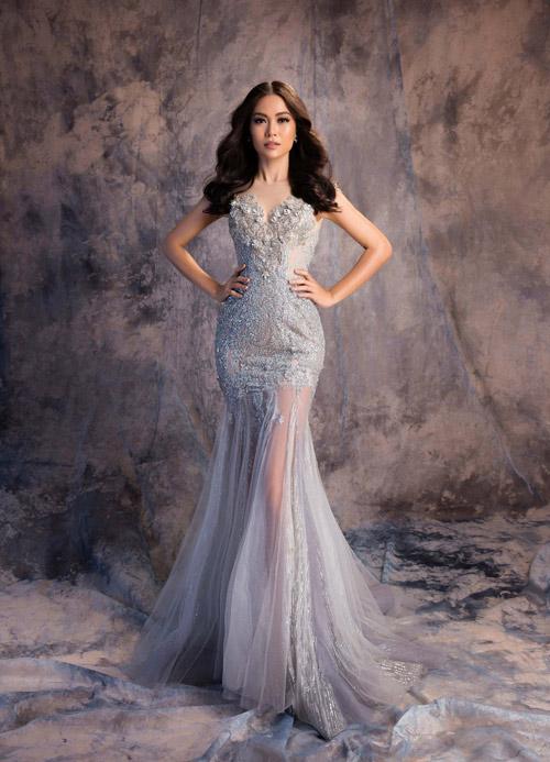 Mâu Thủy mờ ảo khoe dáng sexy với váy mỏng như sương - 1