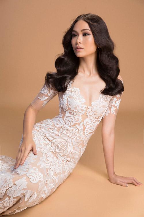 Mâu Thủy mờ ảo khoe dáng sexy với váy mỏng như sương - 13