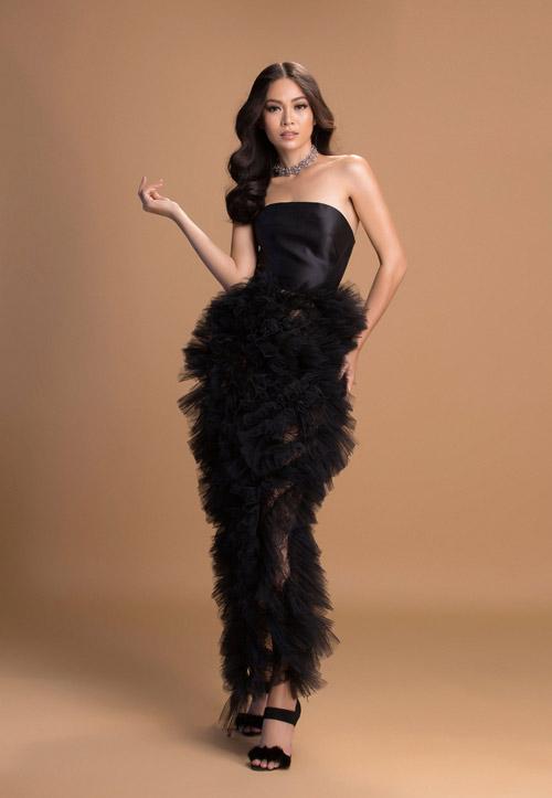 Mâu Thủy mờ ảo khoe dáng sexy với váy mỏng như sương - 14