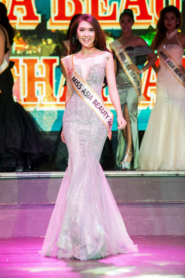 Nhan sắc thực của Hoa khôi Phú Yên vừa đăng quang Miss Asia - 3