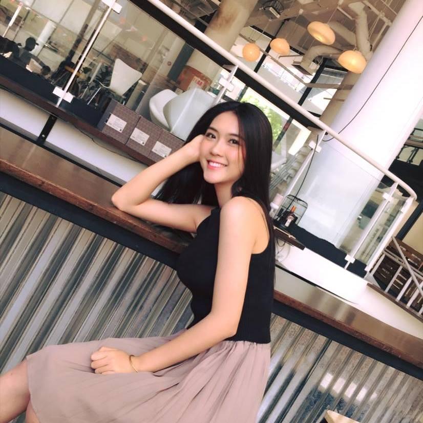 Nhan sắc thực của Hoa khôi Phú Yên vừa đăng quang Miss Asia - 14