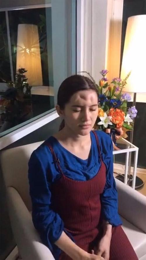 Dân tình choáng nặng vì trán kỳ dị của gái đẹp Nhật Bản - 1