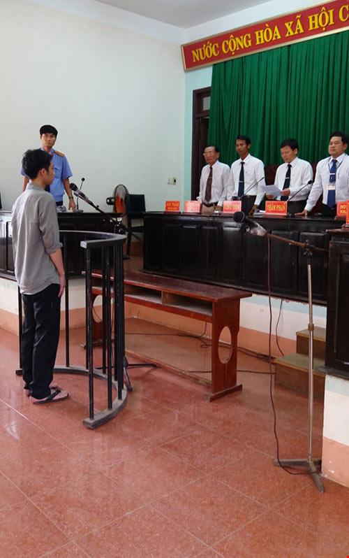 Bị cáo bất ngờ nhận tội, tòa vẫn trả hồ sơ lần thứ 7 - 2