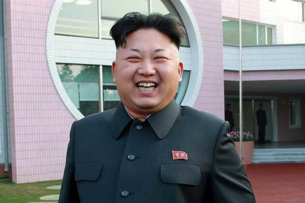 Nostradamus tiên tri về chiến tranh Nga-Mỹ, Triều Tiên? - 3