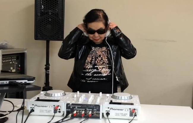 """Nữ DJ U90 chơi nhạc """"cực chất"""" khiến cộng đồng dậy sóng là ai? - 2"""
