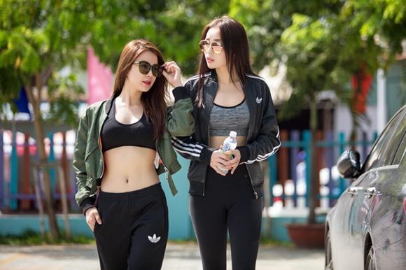 """Diệp Lâm Anh, Kỳ Duyên khoe eo """"kiến càng"""" làm fan lác mắt - 2"""
