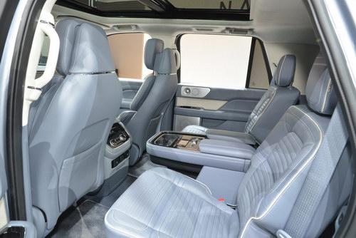 Lincoln Navigator 2018: Đối thủ của Lexus LX 570 - 3