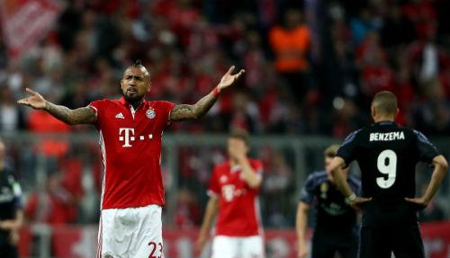 Real chớ vội mừng: Bayern - Vua của những màn lật đổ - 1