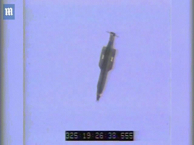 """6 điều đáng sợ về """"mẹ của các loại bom"""" của Mỹ - 5"""