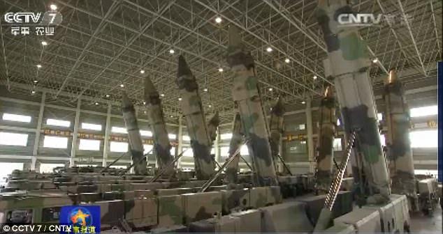 """Triều Tiên căng thẳng, TQ """"khoe"""" tên lửa cỡ khủng - 1"""