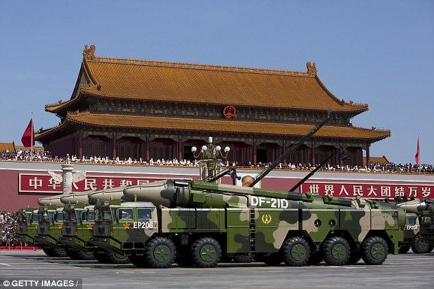 """Triều Tiên căng thẳng, TQ """"khoe"""" tên lửa cỡ khủng - 3"""