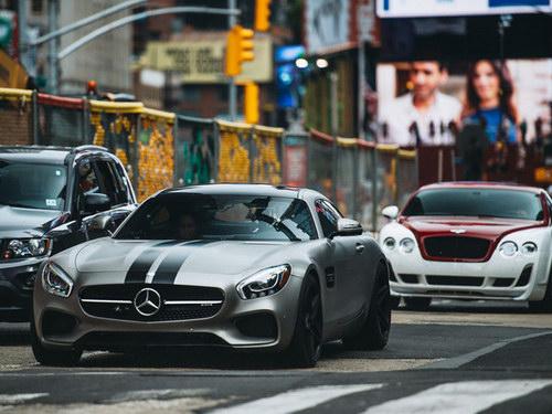 "Fast & Furious 8 ""tiêu diệt"" hơn 17 triệu USD xe cộ - 6"