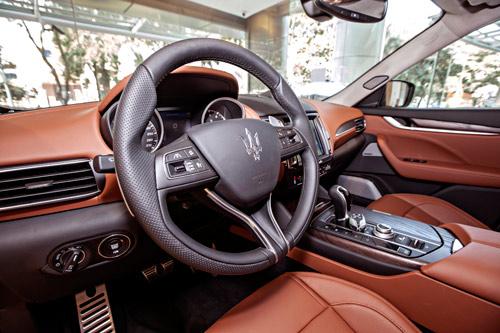 Maserati Levante - Cơn gió Địa Trung Hải giữa lòng Sài Gòn - 3
