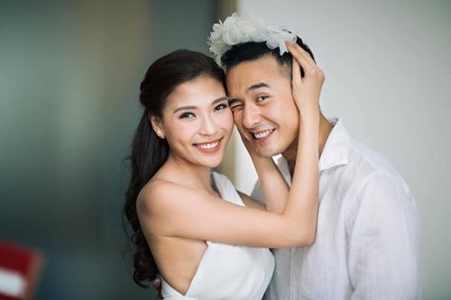 Thúy Diễm đẹp nõn nà sau 1 năm làm vợ Lương Thế Thành - 1