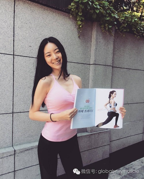 Cô giáo thể hình Hàn Quốc gây sốt vì xinh như hoa hậu - 5