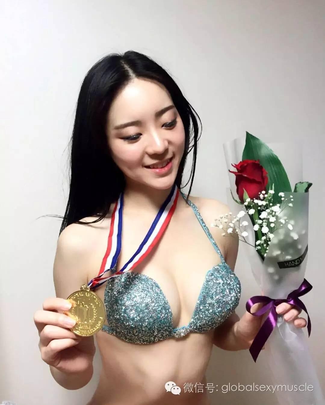 Cô giáo thể hình Hàn Quốc gây sốt vì xinh như hoa hậu - 4