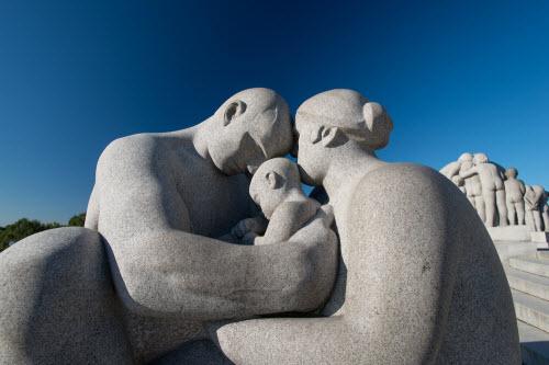 """Ngượng """"chín mặt"""" ở công viên tượng khỏa thân lớn nhất thế giới - 7"""