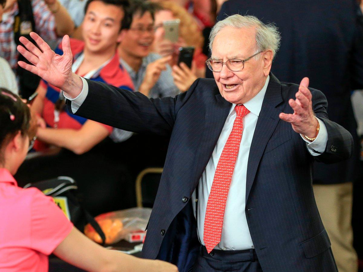 Obama, Warren Buffett làm gì đầu tiên vào mỗi sáng? - 3