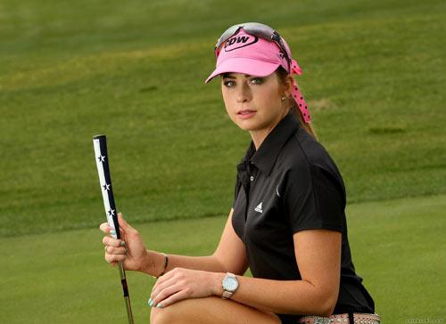 """""""Nữ thần"""" sắc đẹp golf gây bão ở giải Hawaii - 2"""