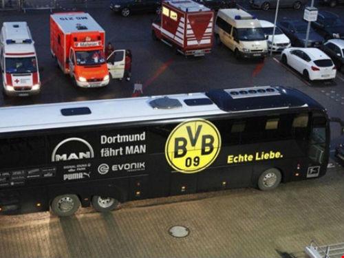 Tin HOT bóng đá tối 14/4: Nghi can đánh bom xe Dortmund là IS - 1