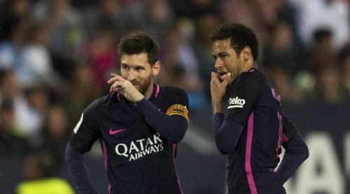 """""""Cừu đen"""" Messi: Mưu cao 1 tháng đẩy 2 thầy ra đường - 1"""
