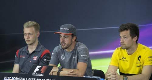 Đua xe F1, Bahrain GP: Mèo nào cắn mỉu nào - 2