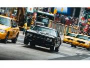 """Fast  & amp; Furious 8  """" tiêu diệt """"  hơn 17 triệu USD xe cộ"""