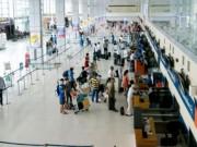 Tin tức trong ngày - Thực hư vụ nhân viên sân bay nhặt được tiền không trả lại khách