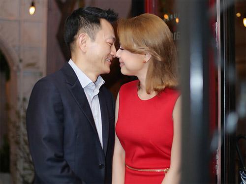 Trọn clip tình yêu mặn nồng của Thanh Thảo và bạn trai Việt kiều - 3