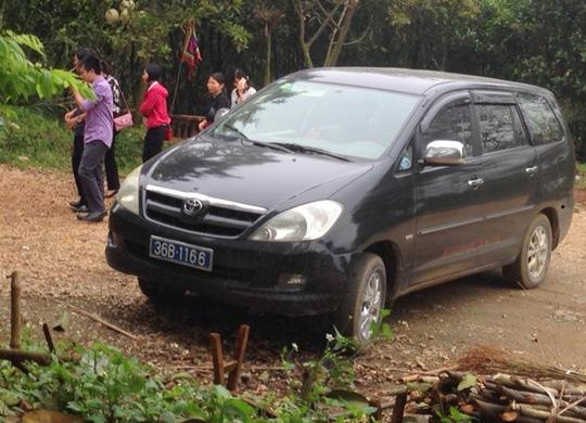 Kiểm tra 6 Phó giám đốc sở, cán bộ huyện lấy xe công đi lễ chùa - 1