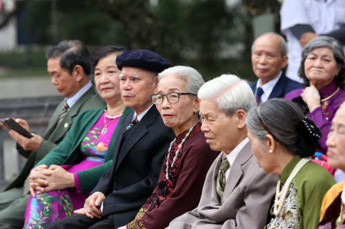 Độc đáo lễ cưới nơi cửa phật của 14 cặp đôi Hà Thành - 10