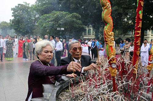 Độc đáo lễ cưới nơi cửa phật của 14 cặp đôi Hà Thành - 11
