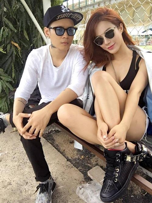 Nóng rực với mỹ nữ có dáng ngồi sexy nhất showbiz Việt - 4