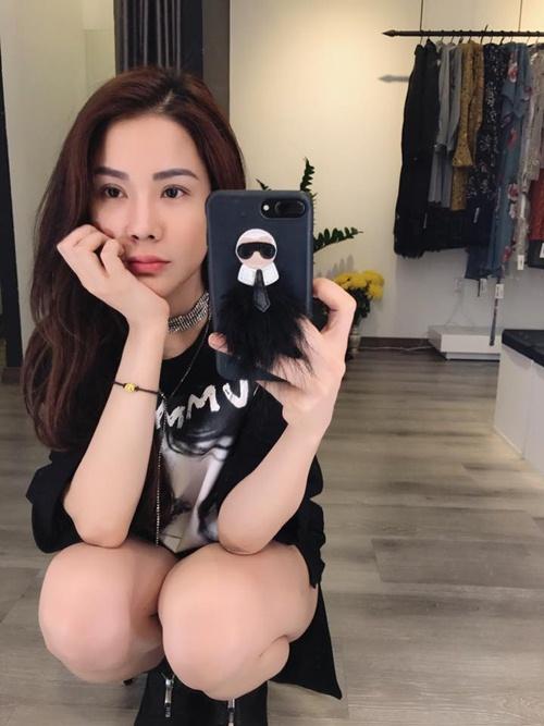 Nóng rực với mỹ nữ có dáng ngồi sexy nhất showbiz Việt - 15