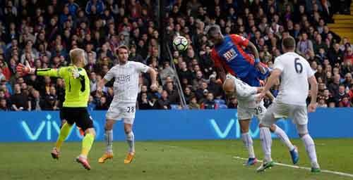 Crystal Palace - Leicester City: Rượt đuổi kịch tính - 1