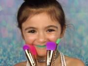Ngất xỉu trước màn make up thần thánh của cô bé 5 tuổi