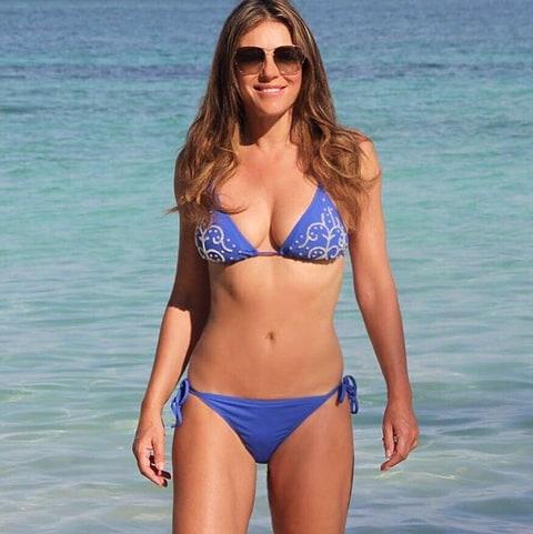 Hình thể bikini gợi cảm hơn gái 20 của mỹ nhân U60, U70 - 9