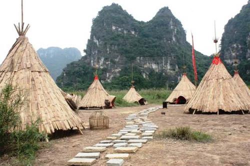 """""""Sờ tận tay"""" làng thổ dân Ninh Bình trong phim """"Kong"""" - 2"""