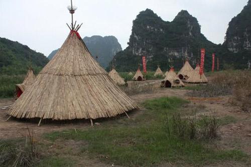 """""""Sờ tận tay"""" làng thổ dân Ninh Bình trong phim """"Kong"""" - 6"""