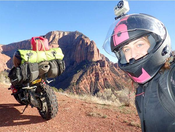 Chia tay bạn trai, cô gái một mình lái moto phượt khắp thế giới - 5