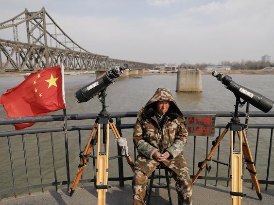 15 ảnh hé lộ cuộc sống ở biên giới Trung Quốc-Triều Tiên - 6