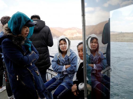 15 ảnh hé lộ cuộc sống ở biên giới Trung Quốc-Triều Tiên - 12