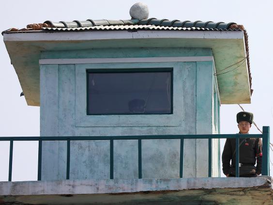 15 ảnh hé lộ cuộc sống ở biên giới Trung Quốc-Triều Tiên - 15