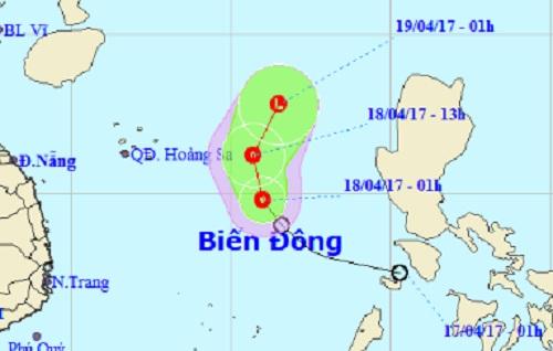 Áp thấp nhiệt đới liên tục đổi hướng - 1