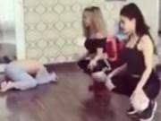 Trương Quỳnh Anh sexy tập nhảy, nhìn sang con trai ai cũng bật cười