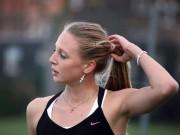 Tay vợt nữ xinh đẹp gặp họa vì lộ cảnh nhạy cảm