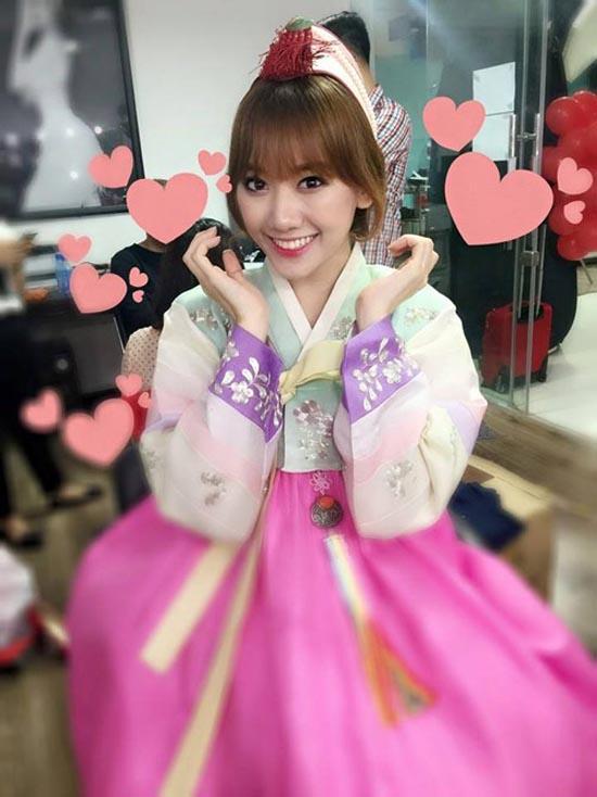 """Gái Hàn Hari Won """"lép vế"""" màn diện Hanbok của Mi Du, Huyền Baby - 11"""
