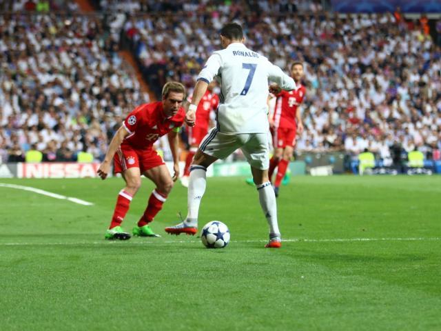 Real Madrid – Bayern Munich: Phản lưới, thẻ đỏ & hattrick