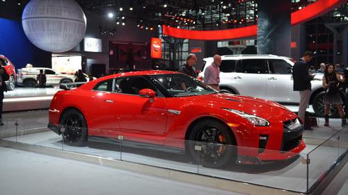 Nissan GT-R thêm bản Track Edition, giá 3 tỷ đồng - 2