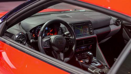 Nissan GT-R thêm bản Track Edition, giá 3 tỷ đồng - 3